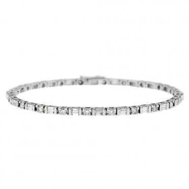 18ct White Gold Baguette & Brilliant Cut Diamond Bracelet
