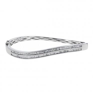 18ct White Gold Baguette Cut Diamond Curved Bangle