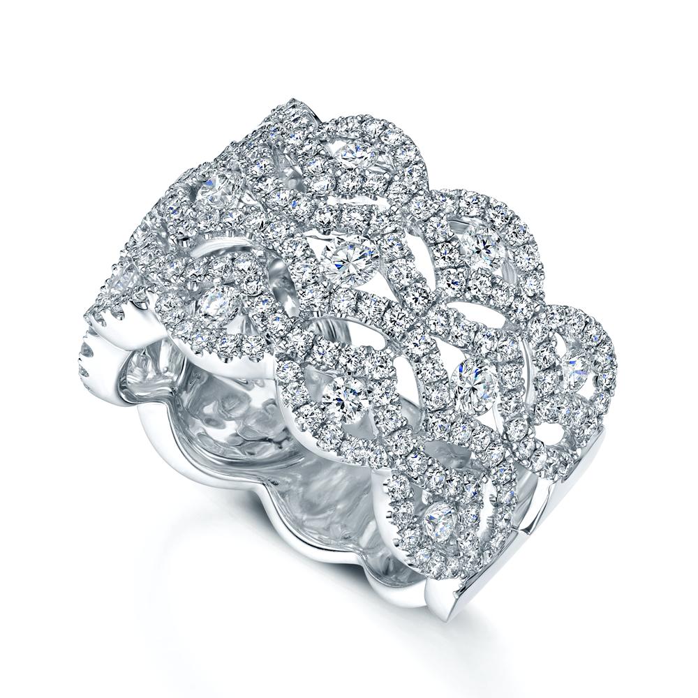 White Wedding Dress Gold Jewelry: Berry's 18ct White Gold Lace Design Diamond Set Dress Ring