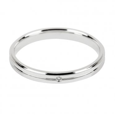 18ct White Gold Ladies Wedding Ring Set With A Solitaire Diamond