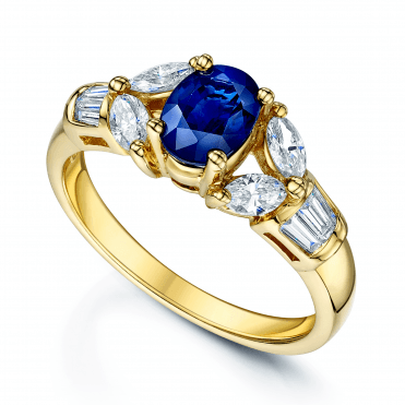 18ct Yellow Gold Oval Sapphire & Diamond Ring