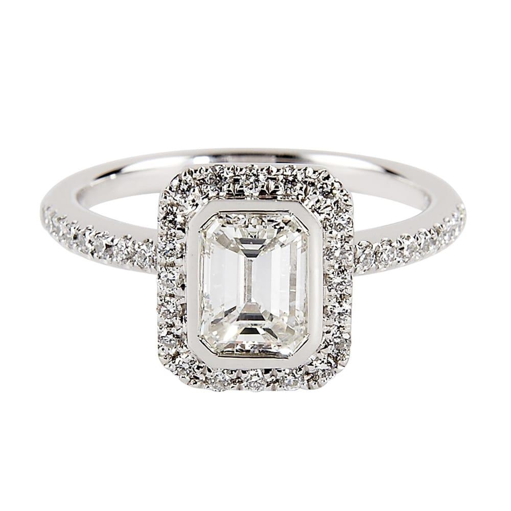 Platinum Engagement Rings Sale Uk: Platinum Solitaire Emerald Cut Diamond Engagement Ring