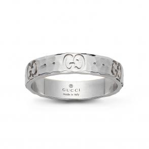 8075cdba932148 Gucci Aged Sterling Silver Gatto Ring.