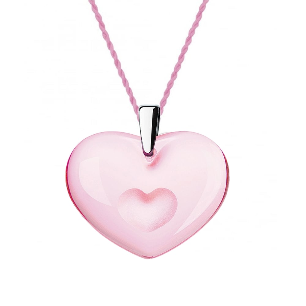 Heart pink necklace photo advise to wear for autumn in 2019