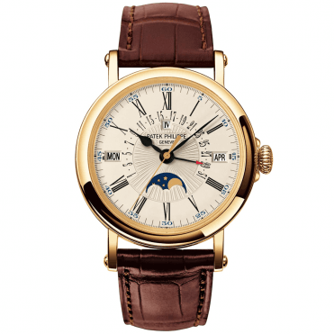 Perpetual Calendar Officer's Case Retrograde Date 18ct Yellow Gold Watch